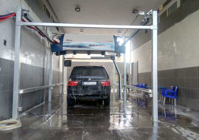 automatic vehicle washing