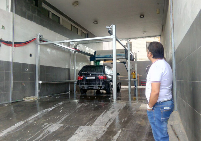 car washing touchless