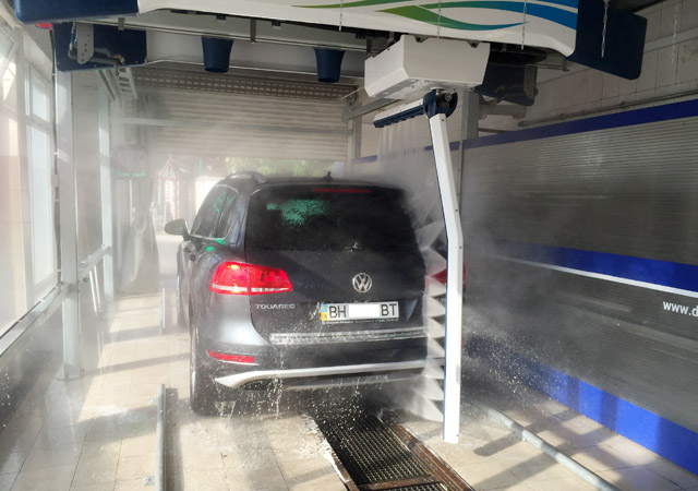 touch free car washing