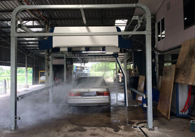 touchless vehicle wash