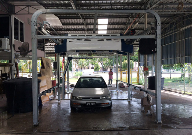 vehicle washing touch free