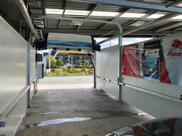automatic touch free car wash
